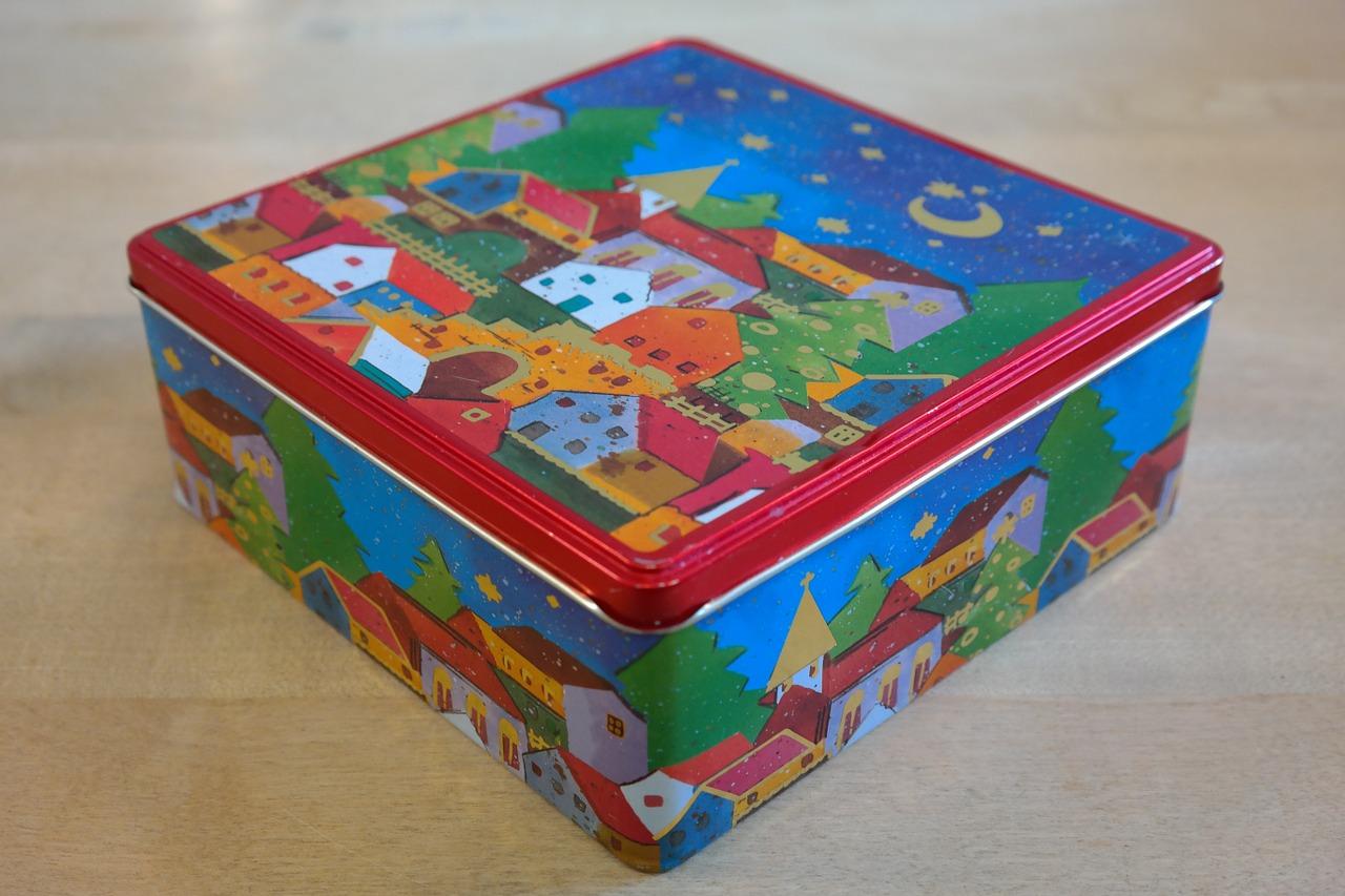 Alternative au papier cadeau : la boîte à biscuits