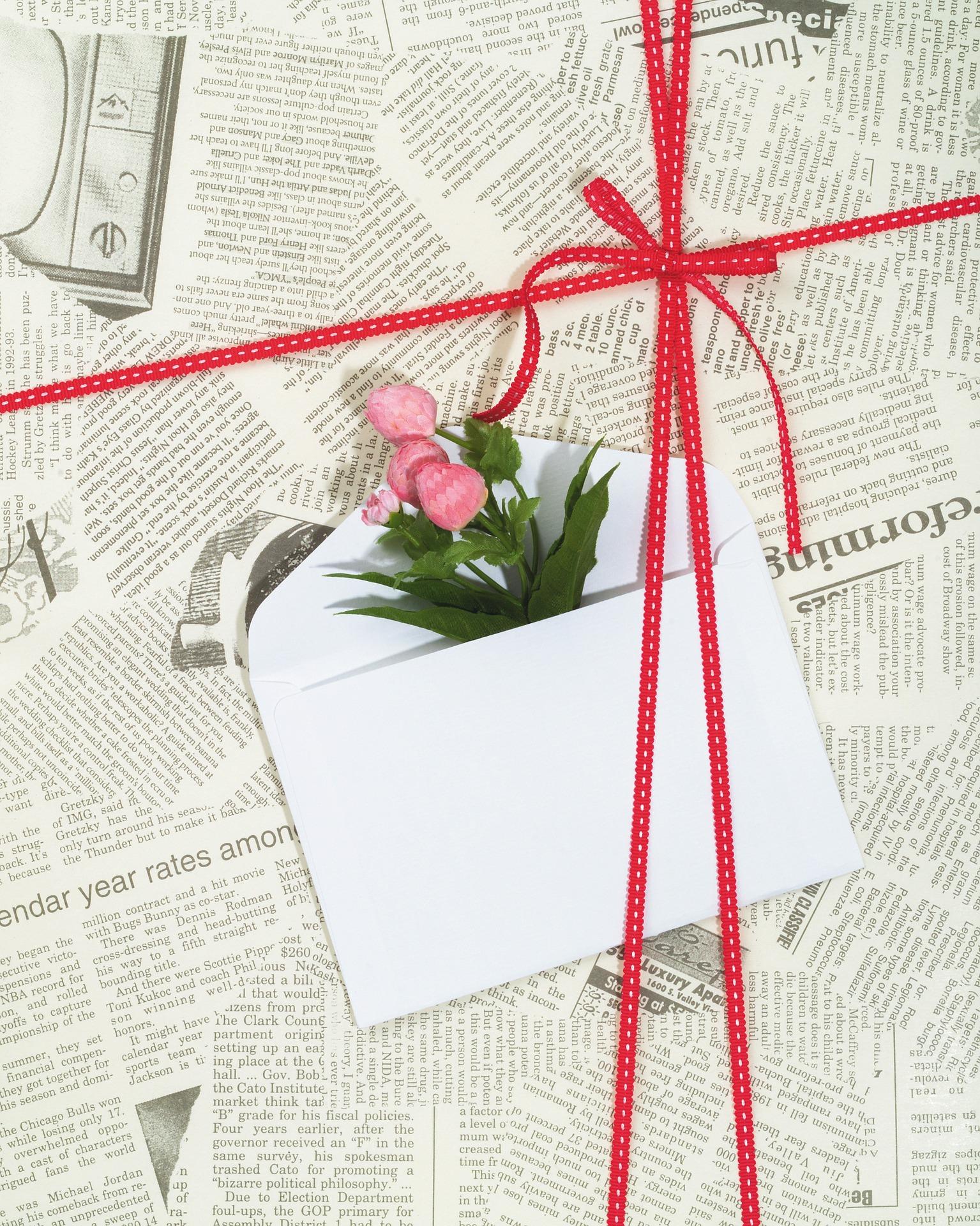 Alternative au papier cadeau : le papier journal